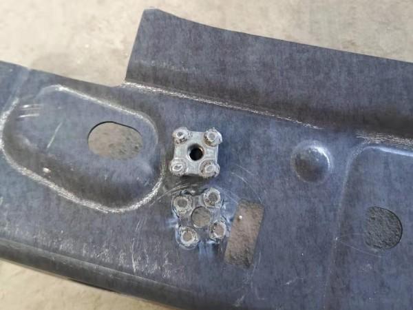 热成型钢白车身点焊工艺技术方法与流程。