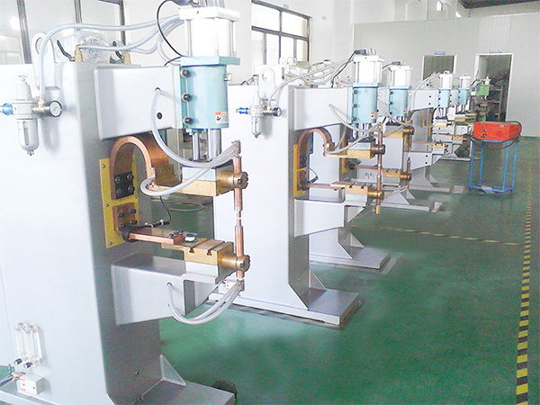 中频电阻焊机