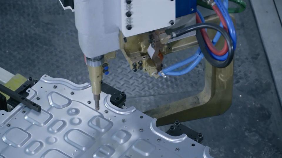 02焊钳工作站案例视频